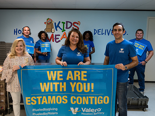 Valero volunteers help at Kids Meals